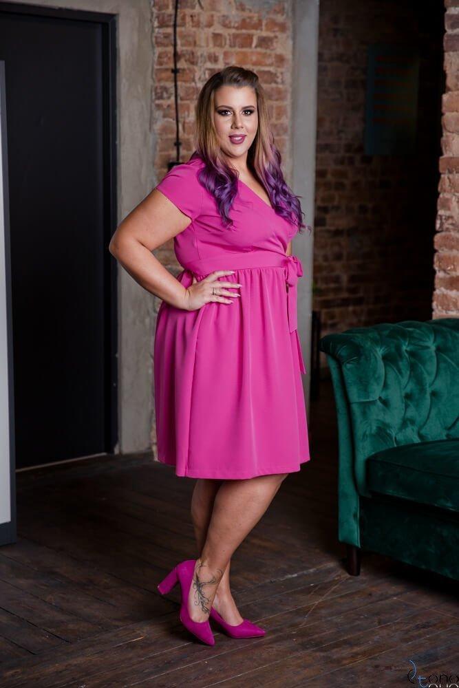 Sukienka MACARIS Fuksja Plus Size